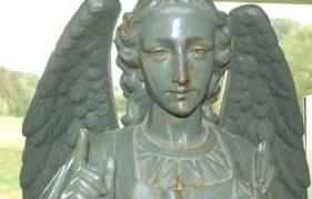 Mont St Bruno angel