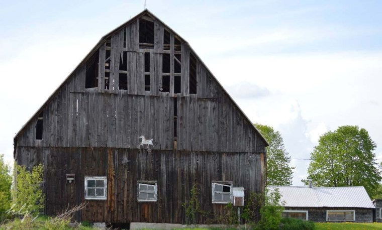 A barn star somewhere between Ottawa and the Quebec border.