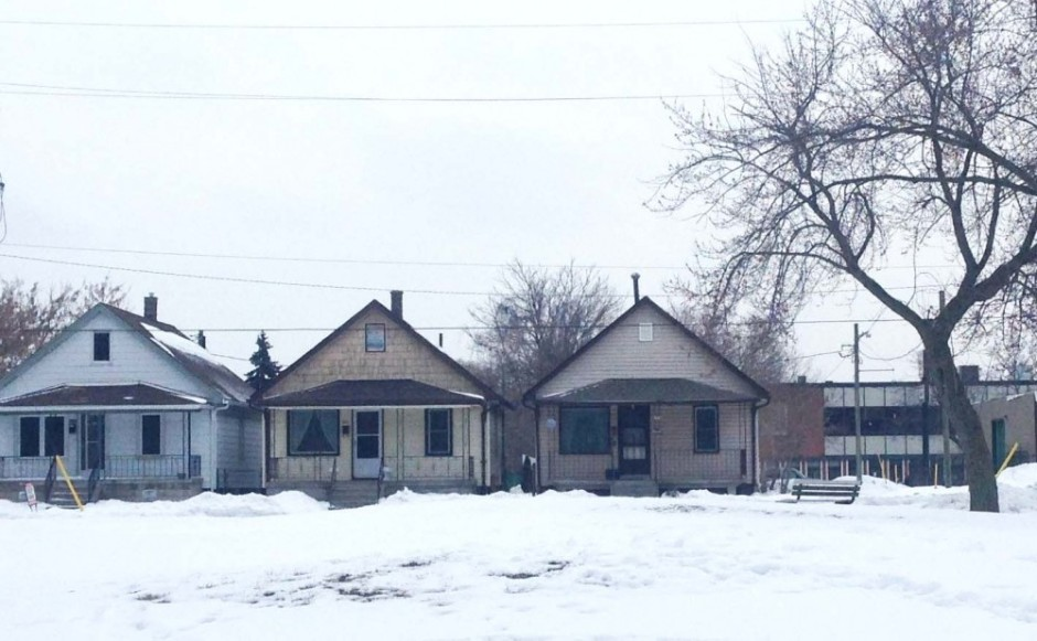 Mid-century homes next to Broadhead Park in Windsor, Ont.