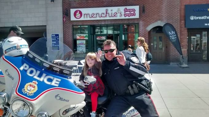 How to have fun without spending (much) money: Talk to a cop. (Photo: Melani Litwack)