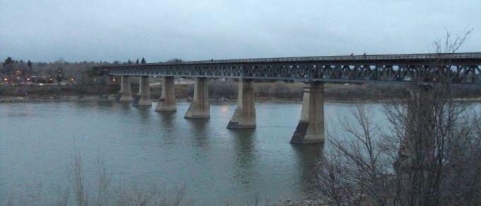 saskatoon rail bridge 2